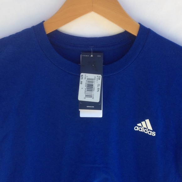 Adidas tops Tee shirt NWT poshmark